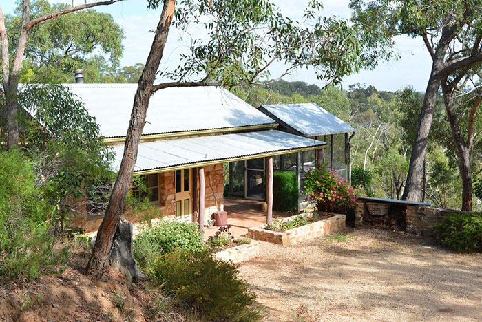 Trestrail Cottage - Clare Valley B&B accommodation